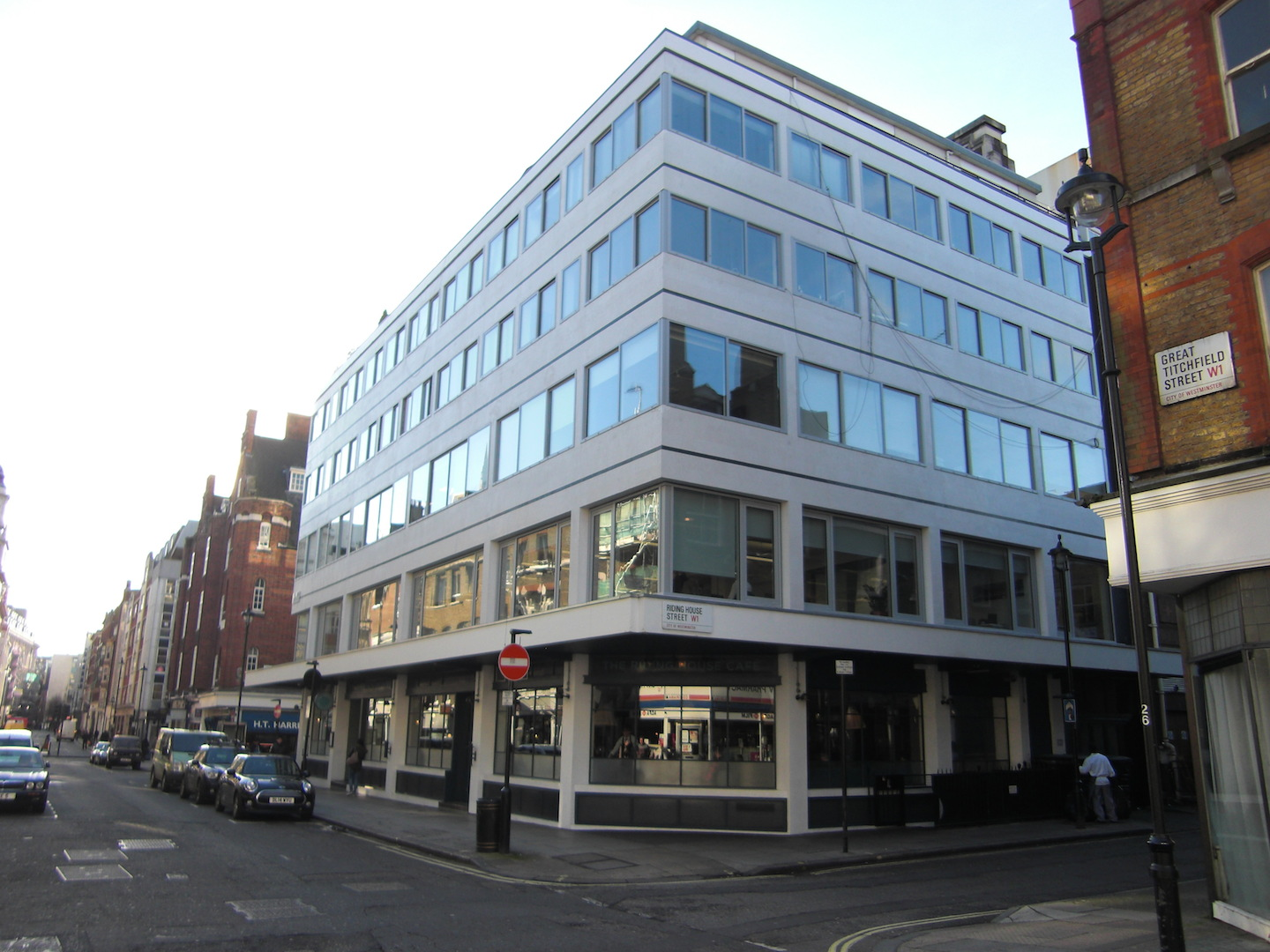 Building at Riding House Street and Great Titchfield Street. Clean, elegant, contextual and crying out for a proper European café to be housed within. Photo by author.