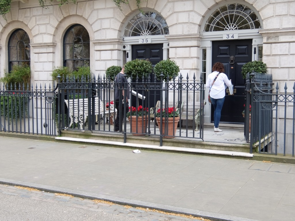 And here's how to be the most hostile possible. This is Guy Ritchie's house in Fitzroy Square. He's gated off his front stoop, just as a way to say 'fuck you' to his new neighbourhood. Hey, Guy! Fuck you too!